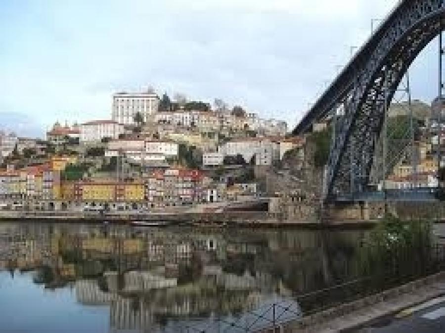 Lumoava Lissabon - Viseun viinialue - Portviinin Porto ja kalastajakylä Nazare 1